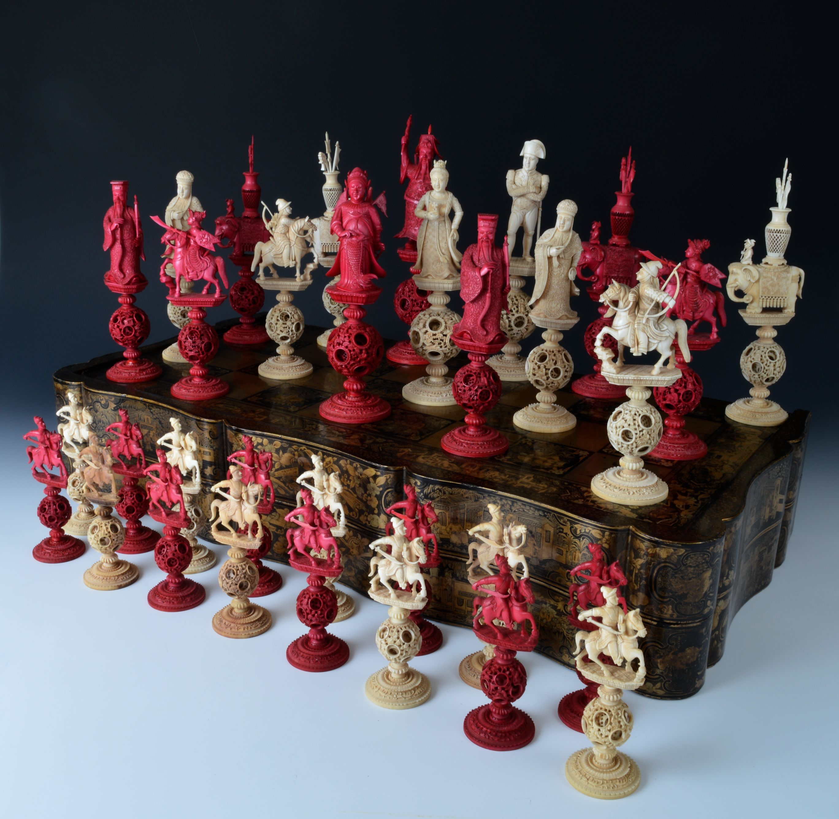 A very fine and rare early 19th century chinese ivory napoleon chess set - Collectible chess sets ...