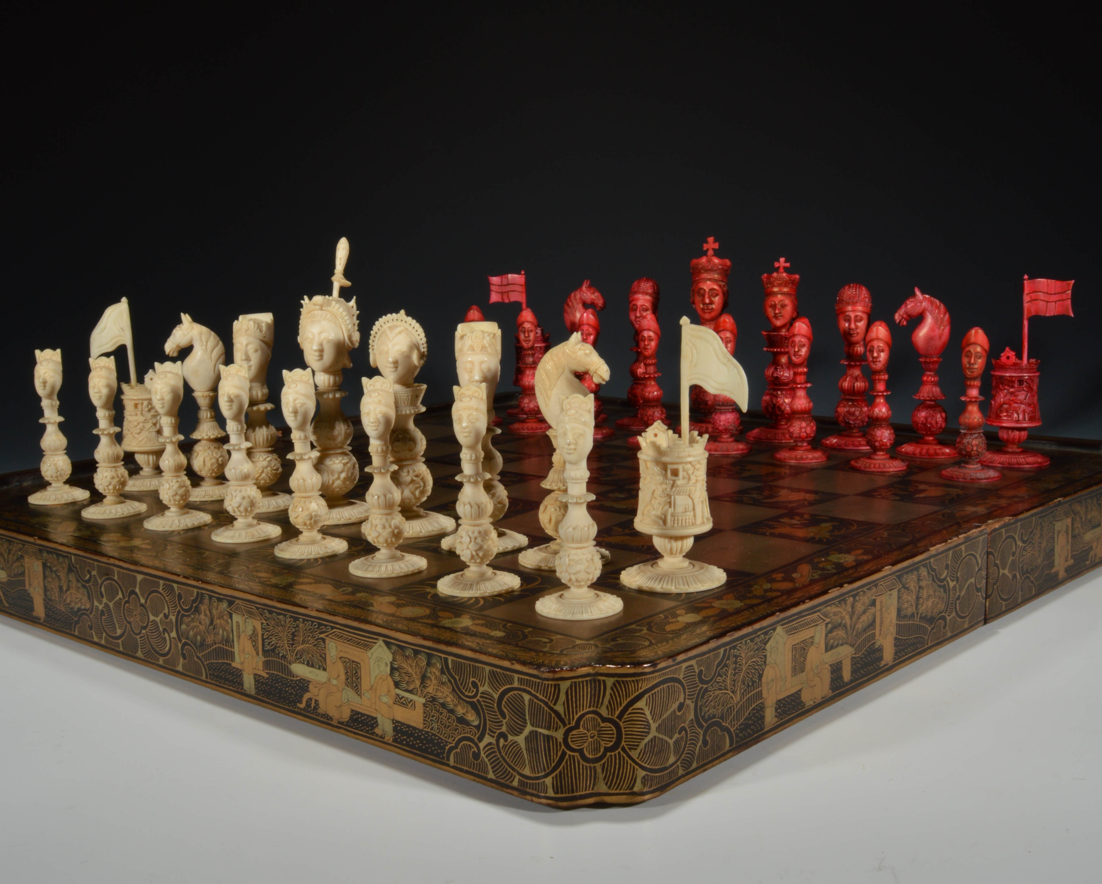 100 unusual chess sets berkeley chess ltd large camelot chess set ivory and red 0 welcome - Collectible chess sets ...