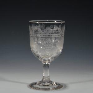 ANTIQUE ENGRAVED GLASS RUMMER
