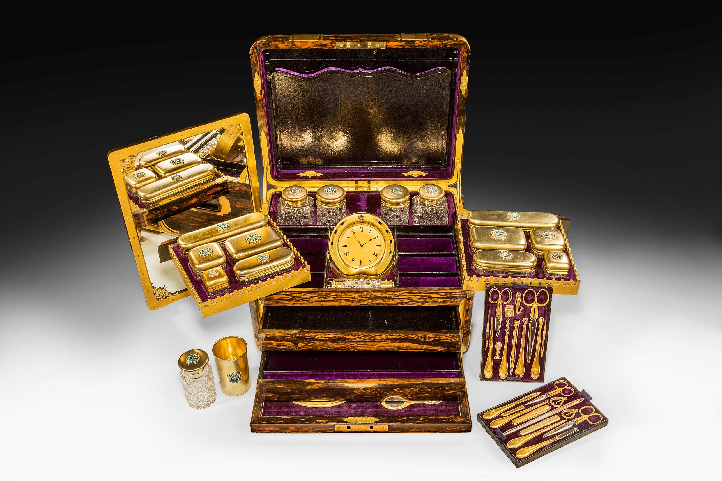 FANTASTIC COROMANDEL LADIES DRESSING CASE BY JENNER AND ...