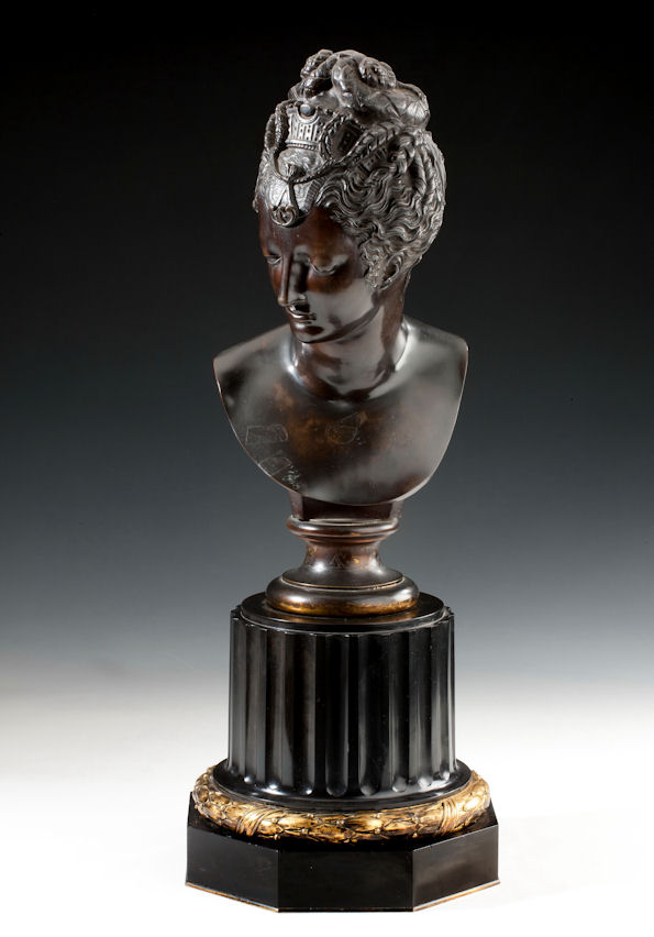 ANTIQUE BRONZE BUST OF A LADY
