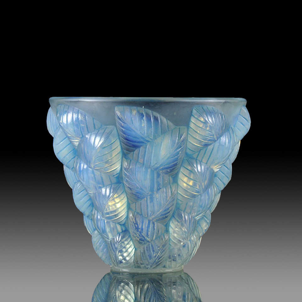 Antique rene lalique moissac vase for Lalique vase