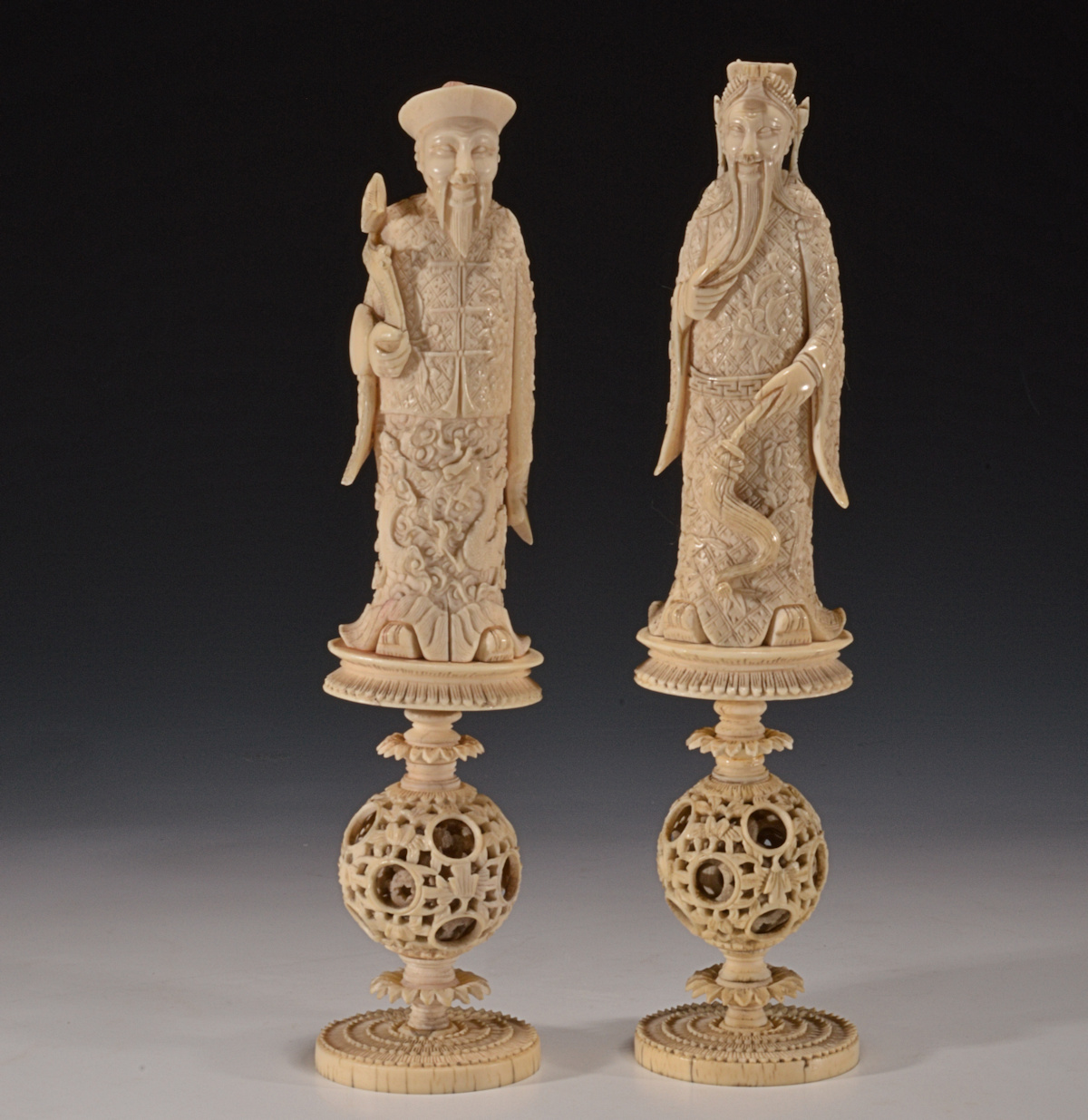 Pair of antique chinese ivory chess pieces richard gardner antiques - Collectible chess sets ...