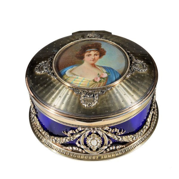 ANTIQUE BEAUTIFUL SILVER & GLASS CIRCULAR BOX INSET WITH MINIATURE PAINTING