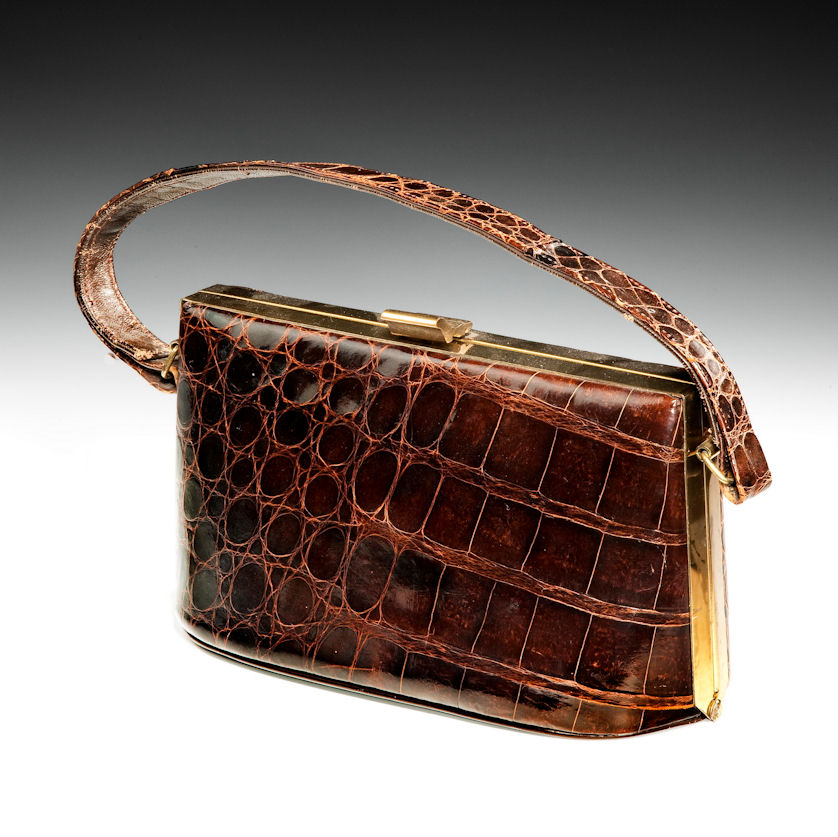 VINTAGE LADIES CROCODILE SKIN HANDBAG