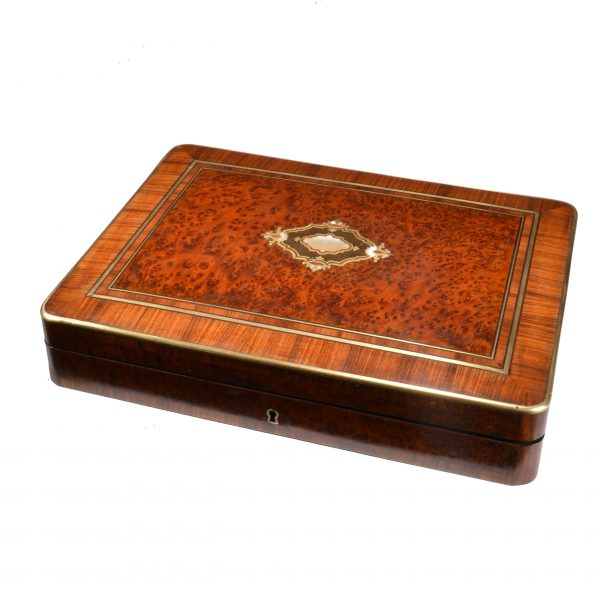 ANTIQUE FRENCH GAMING BOX WITH GAMING CHIPS BY TAHAN