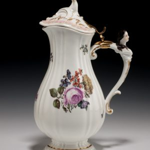 18TH CENTURY MEISSEN PORCELAIN JUG AND COVER PAINTED FLOWERS