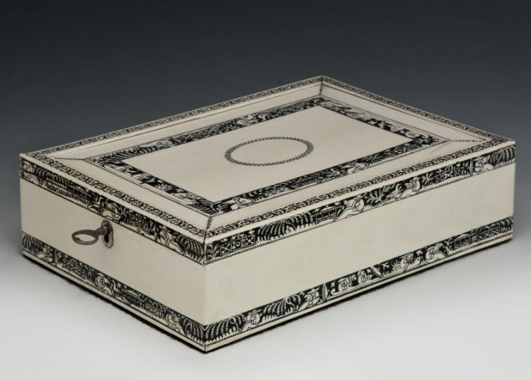 ANTIQUE INDIAN IVORY BOX PROBABLY VIZAGAPATAM