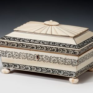 ANTIQUE ANGLO INDIAN IVORY SEWING CASKET