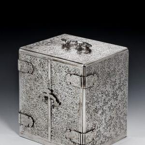 SUPERB JAPANESE SILVER KODANSU FORMED AS A JEWELLERY BOX