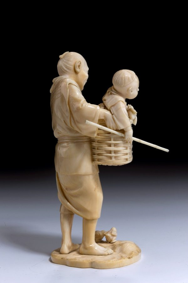 ivory-okimono-Japanese-father-son-chickens-antique-meiji-5492_1_5492