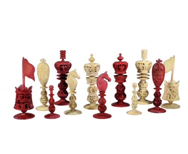 ANTIQUE BURMESE RED & WHITE IVORY CHESS SET