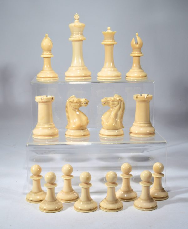 antique-chess-set-jaques-staunton-ivory-club-size-preti-meyer-cafe-regence-DSC_9499