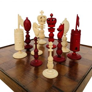 ANTIQUE BURMESE IVORY CHESS SET OF LARGE SIZE